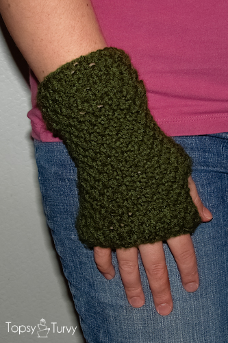 Crochet Fingerless Gloves Tutorials : Crochet Fingerless Gloves Ashlee Marie