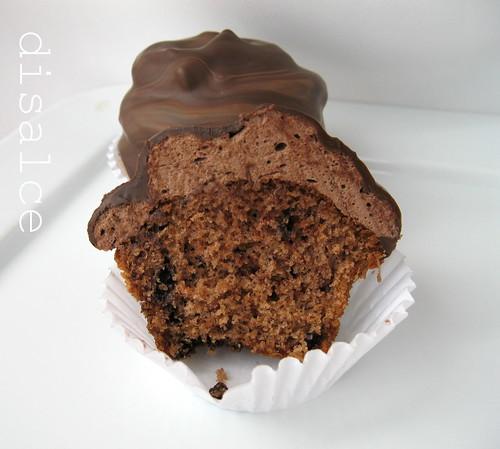 çikolata kaplı marshmallowlu kek