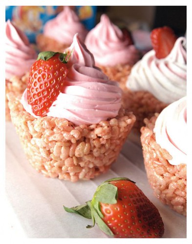 Finalist 24: Strawberry Rice Krispie Cupcakes