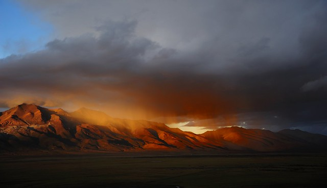 Rain of gold over the Gangtise Mountain Range, Tibet