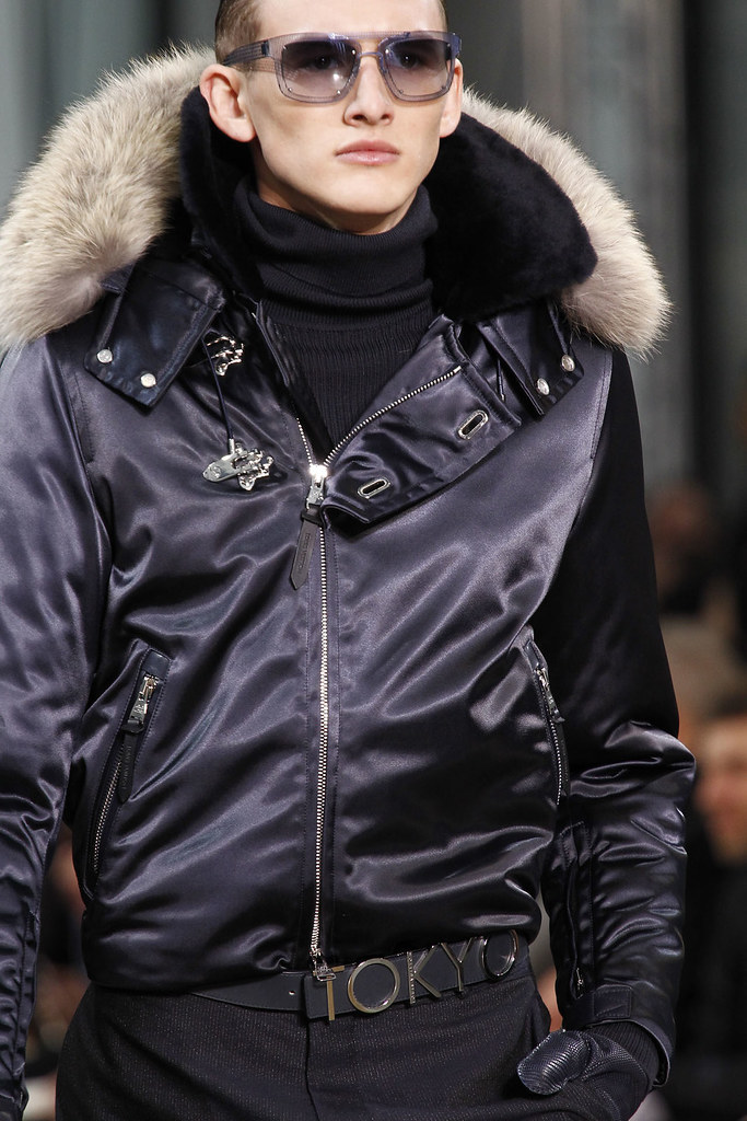 FW12 Paris Louis Vuitton081_Jordan Postrel(VOGUE)