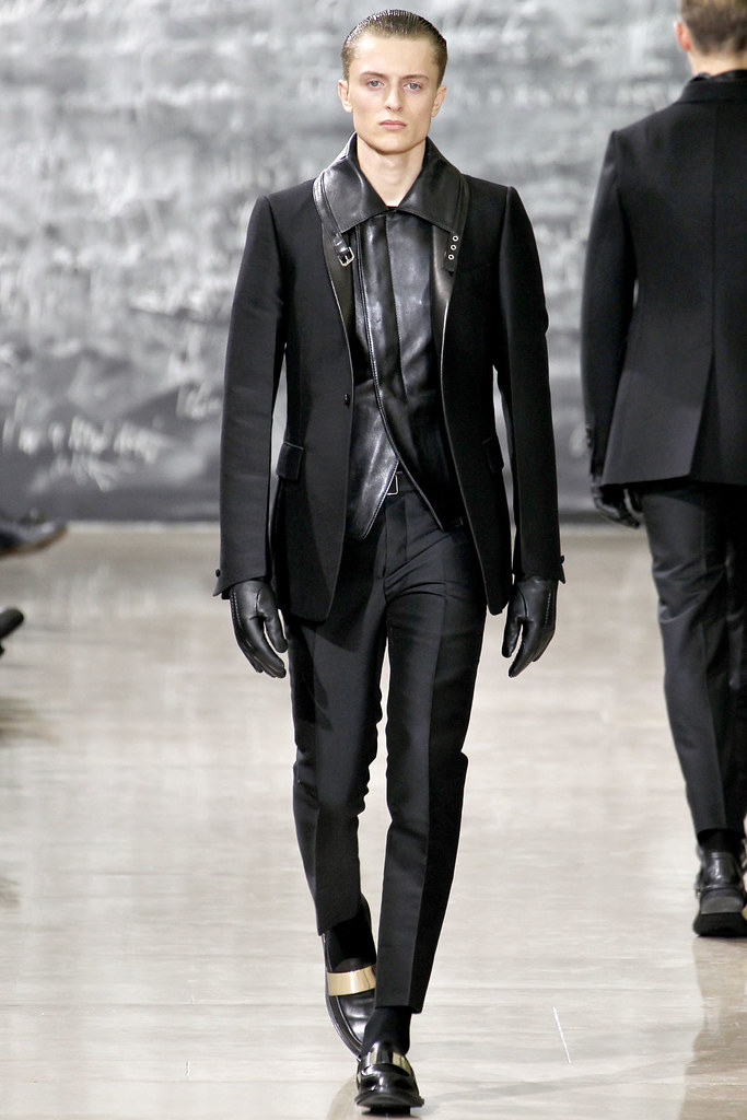 FW12 Paris Yves Saint Laurent007_Max Rendell(VOGUE)