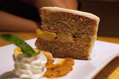 Lyne's cake & mascarpone