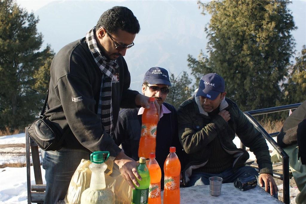Muzaffarabad Jeep Club Snow Cross 2012 - 6796505255 4f9bc3312b b