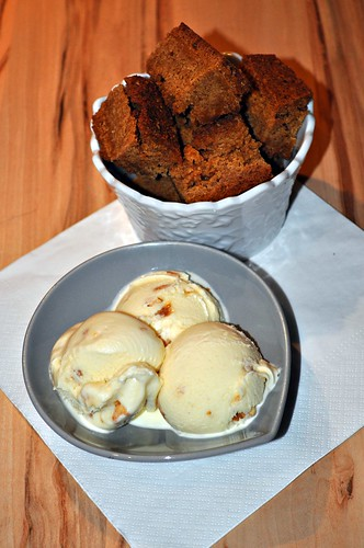 [The Secret Recipe Club] - Butterscotch Brownies and Salted Caramel Ice Cream