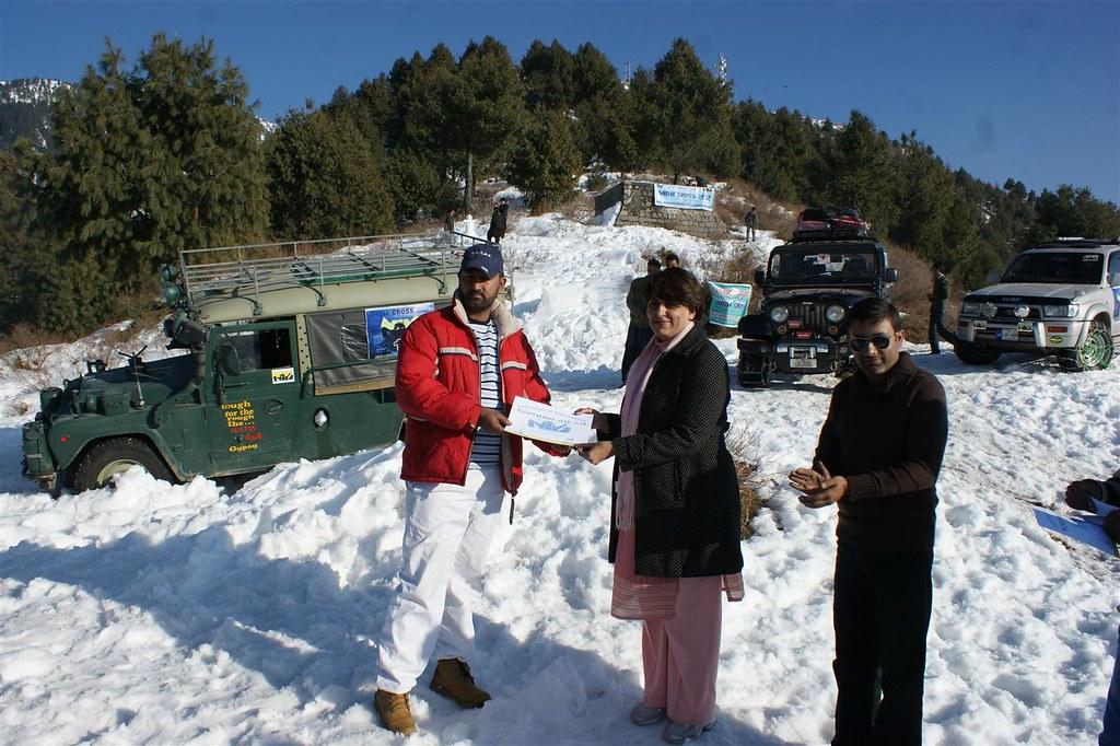 Muzaffarabad Jeep Club Snow Cross 2012 - 6830729033 75d30dd08b b