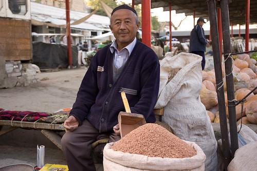 Vendedor en el Mercado de Osh