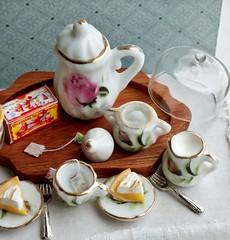 Shabby Chic Tea Service