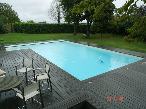 Magasin piscine angoul me 16 charente soatec angoul me for Construction piscine angouleme