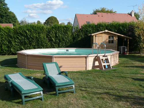 Magasin piscine maurepas 78 yvelines bleu tropical for Piscine maurepas