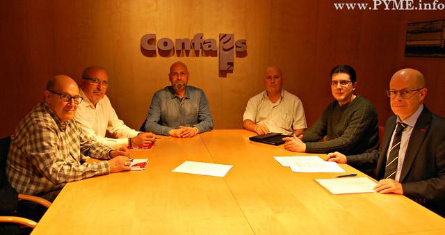 Firma del Convenio Colectivo de Comercio de Ganadería de Salamanca.