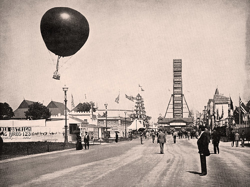 Tethered Balloon & Ferris Wheel on the Midway Plaisance