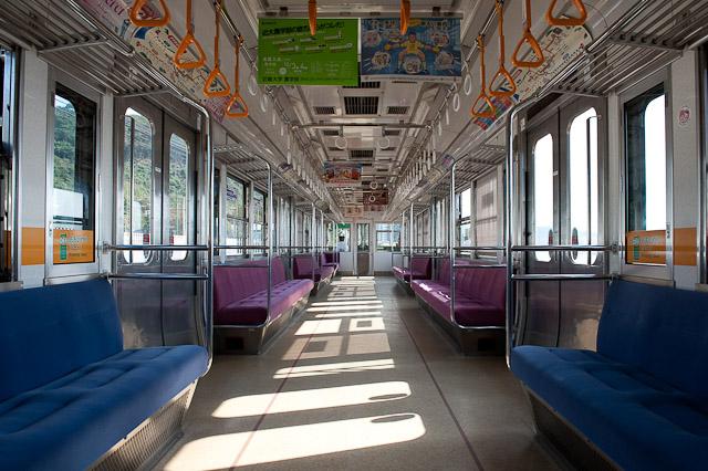伊予鉄道 3000系 車内 1020