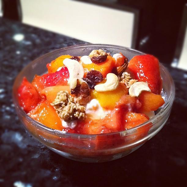Breakfast: Warm fruit compote, honey,  granola, raw nuts, Greek style yogurt and of course, LOVE #nom #healthy #organicfood