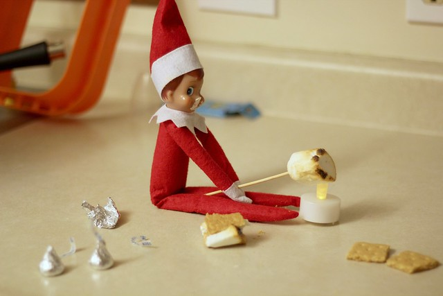 Elf on the Shelf - Day 10
