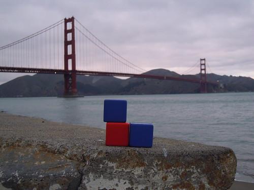 WebRatio Cubes at the Golden Gate bridge, San Francisco, CA.