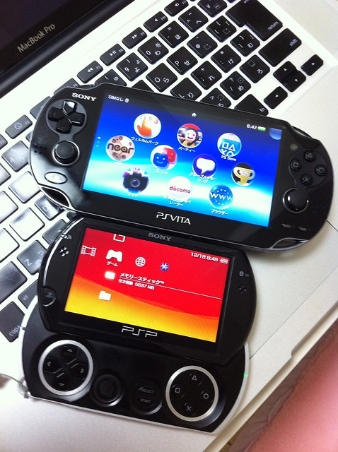 Playstation Vita Vs Psp : Ps vita vs psp go flickr photo sharing