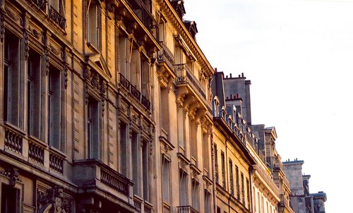 Apartments in Paris by xzoeagx