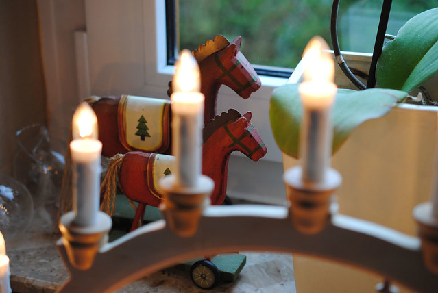 candlelight in window3
