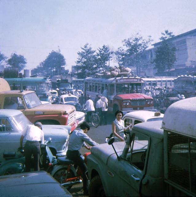 Saigon 1968 - Bến xe Petrus Ký - Photo by Jeanette