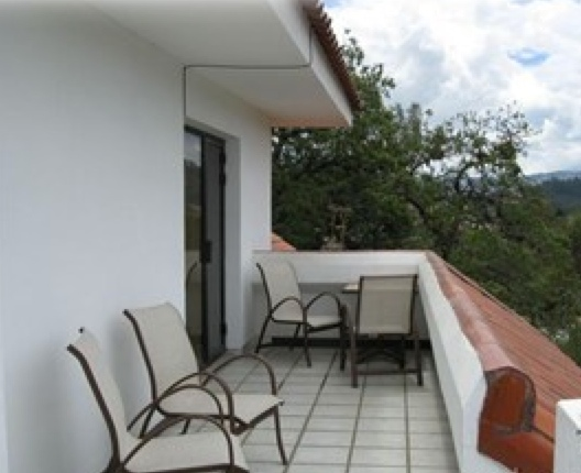 6643913011 52322900f1 o Ecuador Real Estate MLS   May 2012