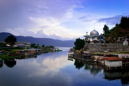 travel travelling sumatra landscape aceh lauttawarlake