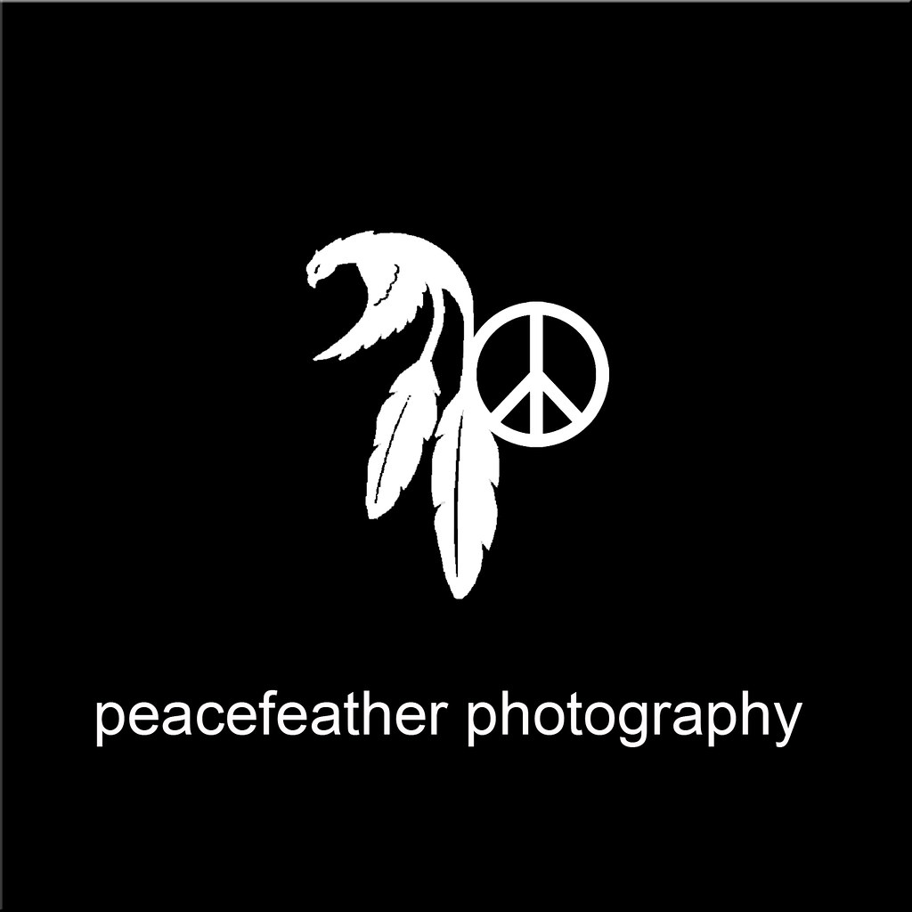 Peace Feather black