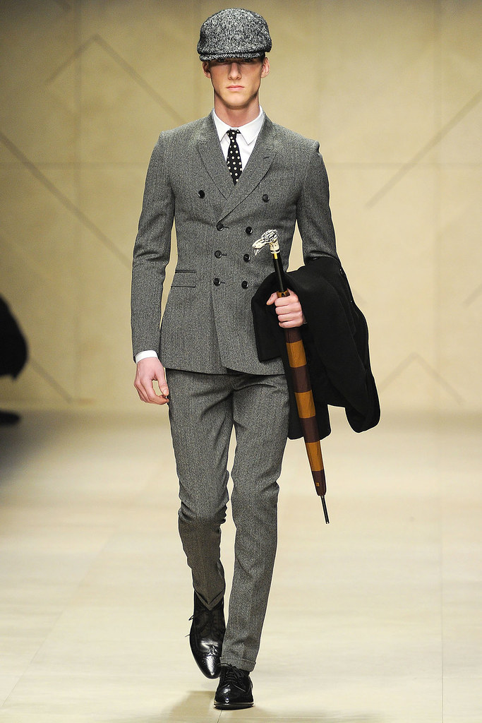 FW12 Milan Burberry Prorsum002_Johnny George(VOGUE)