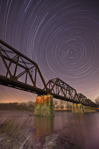 longexposure bridge water night river landscape outdoors astrophotography startrails tressle northwestohio grandrapidsohio discoverohio toledolakeeriewesternrailroad