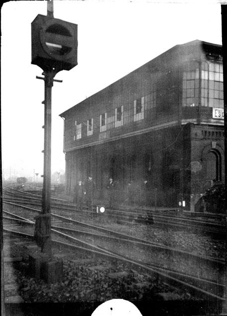 La gare et les voies, région d'Essen (Rhénanie-du-Nord-Westphalie)