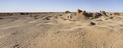 Castles in the desert – Satellites reveal lost cities of Libya (ERC Advanced Grant 2010) Photo by Toby Savage