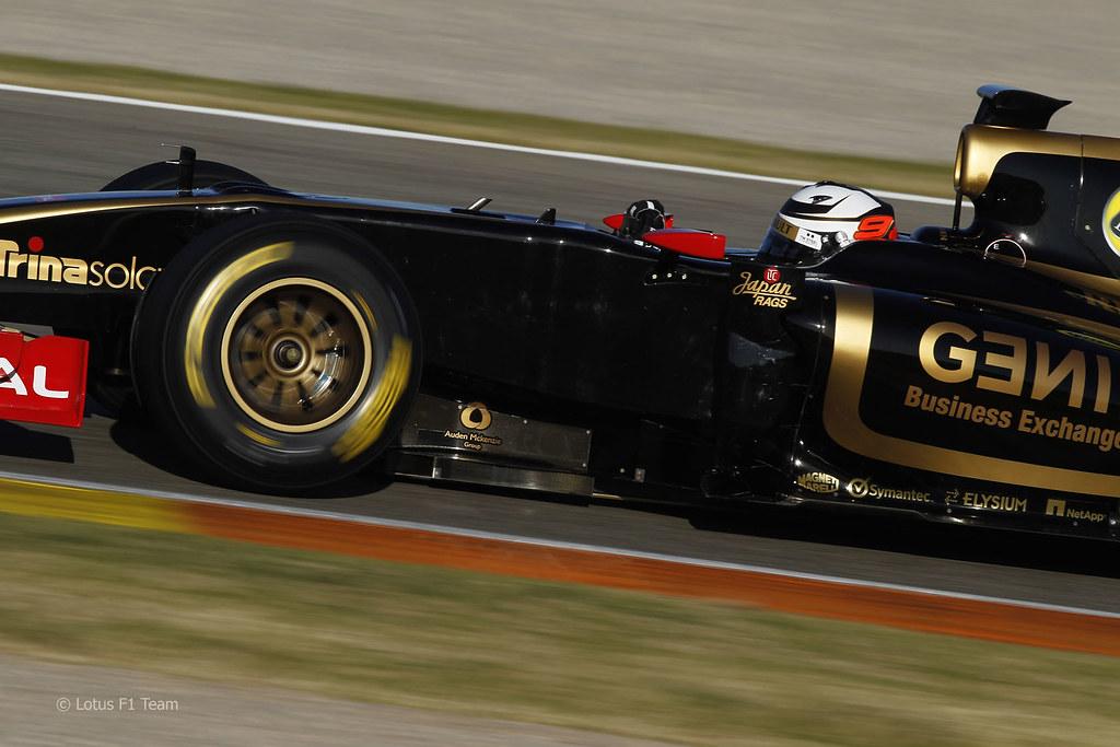 Kimi Raikkonen Lotus F1 2012 121