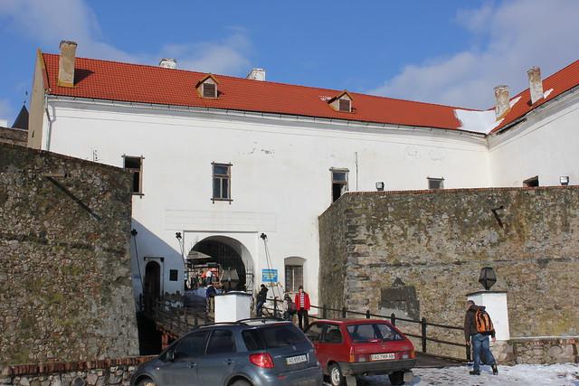 Entrada del castillo Palanok de Mukachevo
