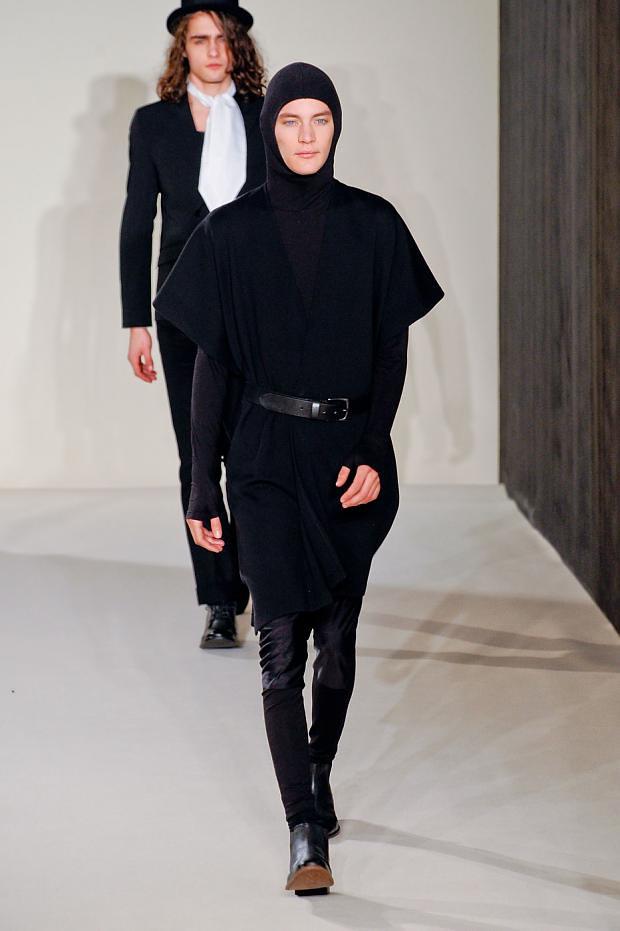 Jaco van den Hoven3301_05_FW12 Paris agnes b(fashionising.com)