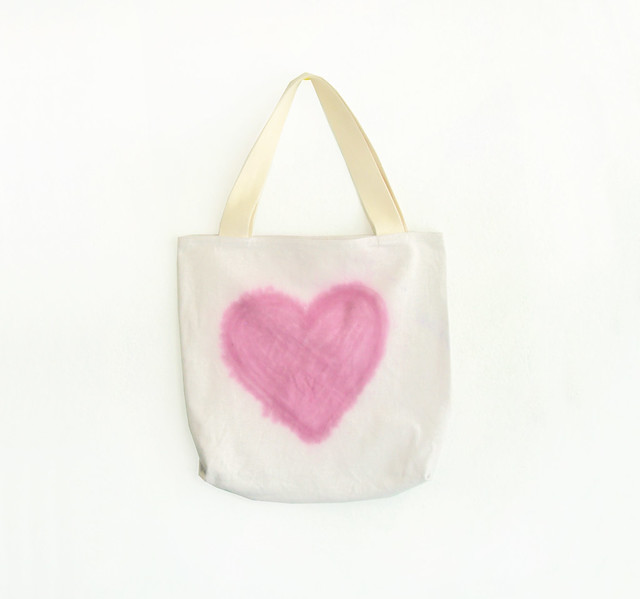 pink heart tote