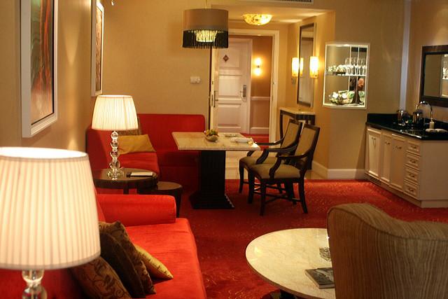 Sanibel Island Hotels: Resorts World Manila: Maxims All-Suite Luxury Hotel