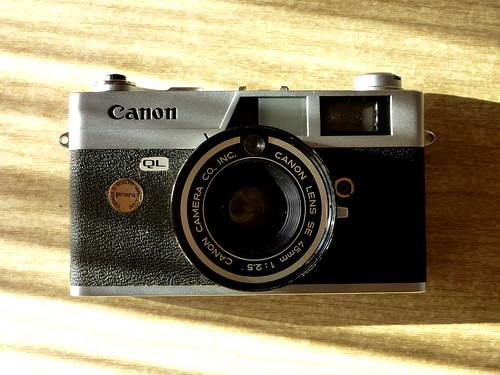 {Canon Canonet QL 25}