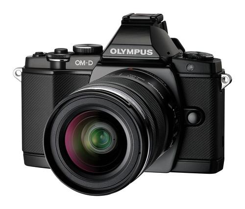 OM-D Black side_lens