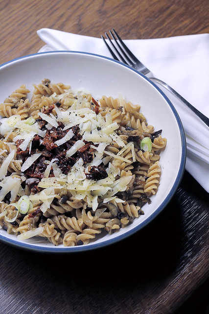 Parmigiano, Sun dried tomatoes and Aubergines Wholegrain Pasta