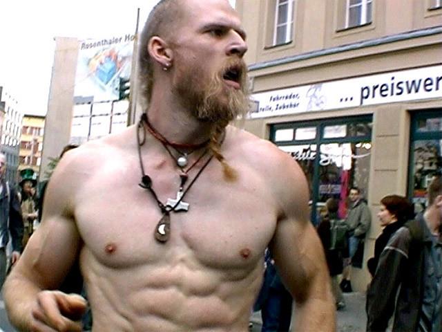 Corte de pelo vikingo