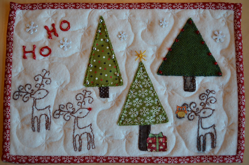 Christmas Scrappy Mug Rug - from Dawn (guiltyquilter) to me