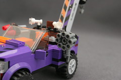 6864 The Batmobile and the Two-Face Chase - Truck 4