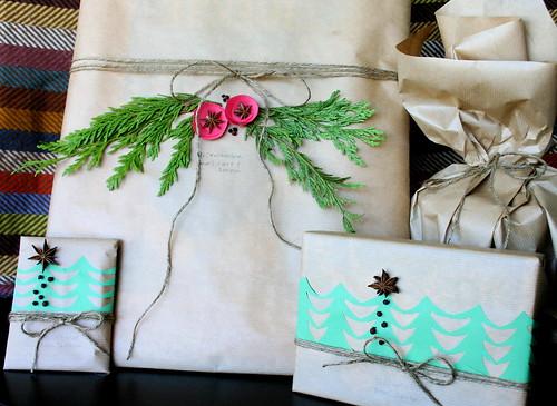 棕色纸包与绳子捆绑