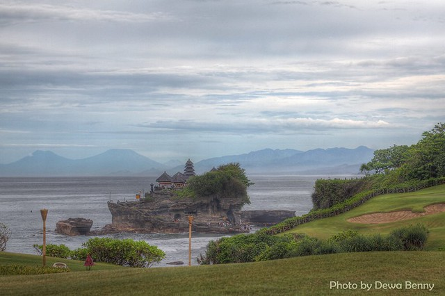 Pura Tanah Lot in HDR