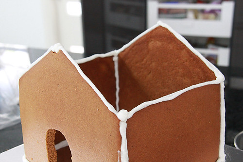 Gingerbread house-6