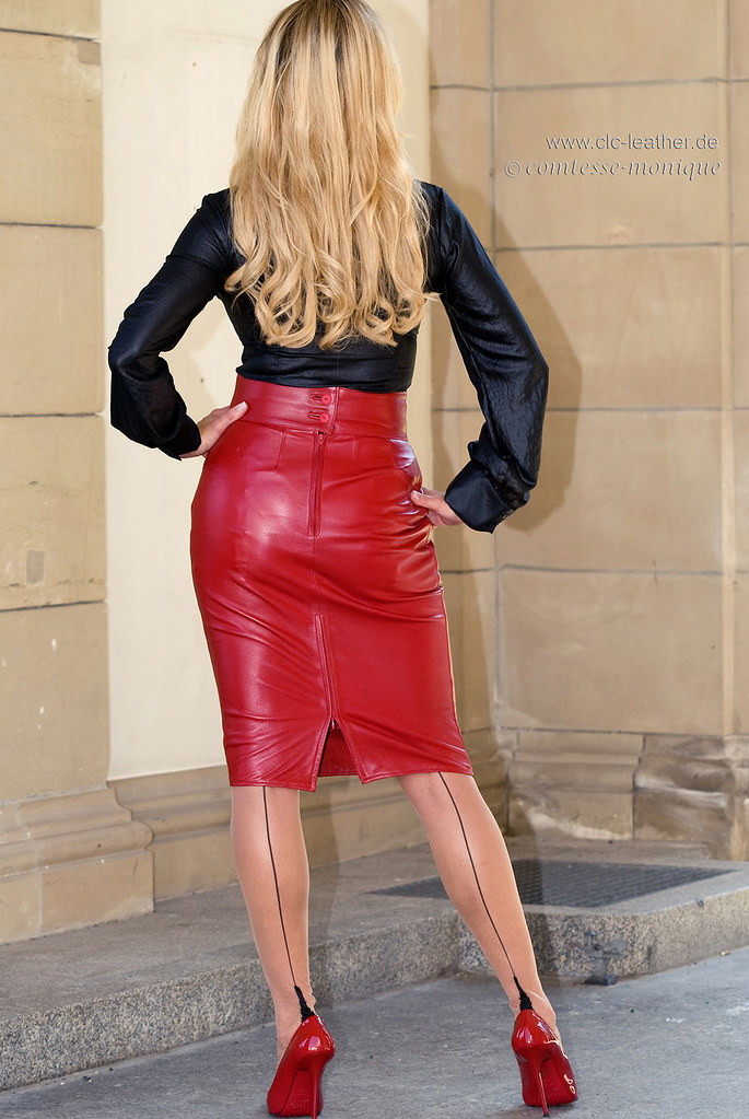 comtesse monique red leather pencil skirt seamed