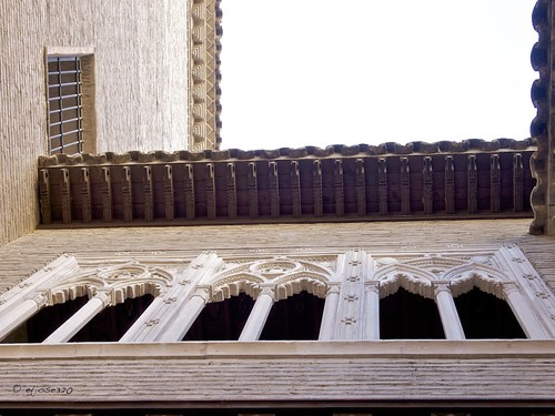 Casa del Deán - Detalle de los aleros del tejado by Maclympico320