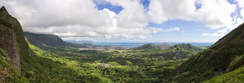 looking eastwards from Pali Overlook, O'ahu, Hawai'i (panorama)