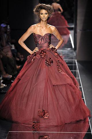 vestido-rojo-falda-vuelo