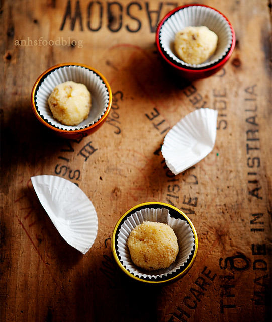 Lemon curd and white chocolate truffles